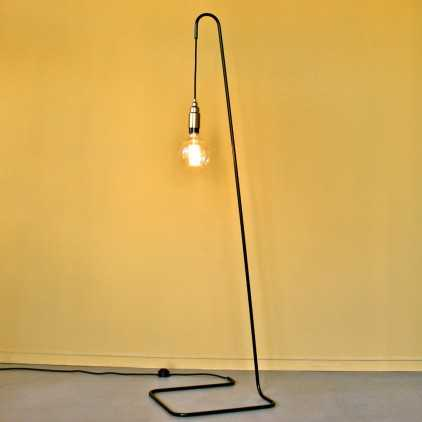Lampadaire design minimaliste