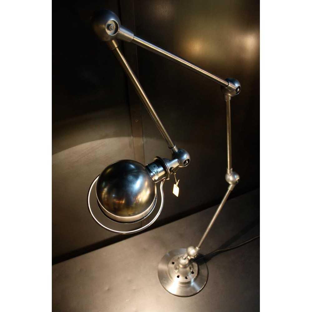 lampe industrielle jielde 4 bras les nouveaux brocanteurs. Black Bedroom Furniture Sets. Home Design Ideas