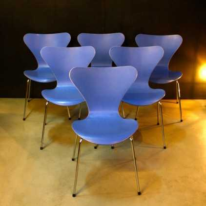 Chaises Arne Jacobsen Série 7