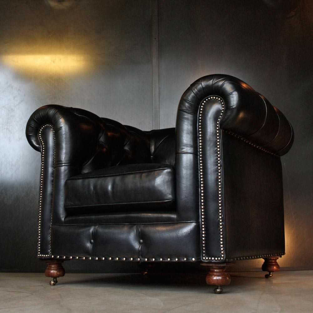 Fauteuil Chesterfield Cuir Noir Les Nouveaux Brocanteurs - Fauteuil chesterfield cuir
