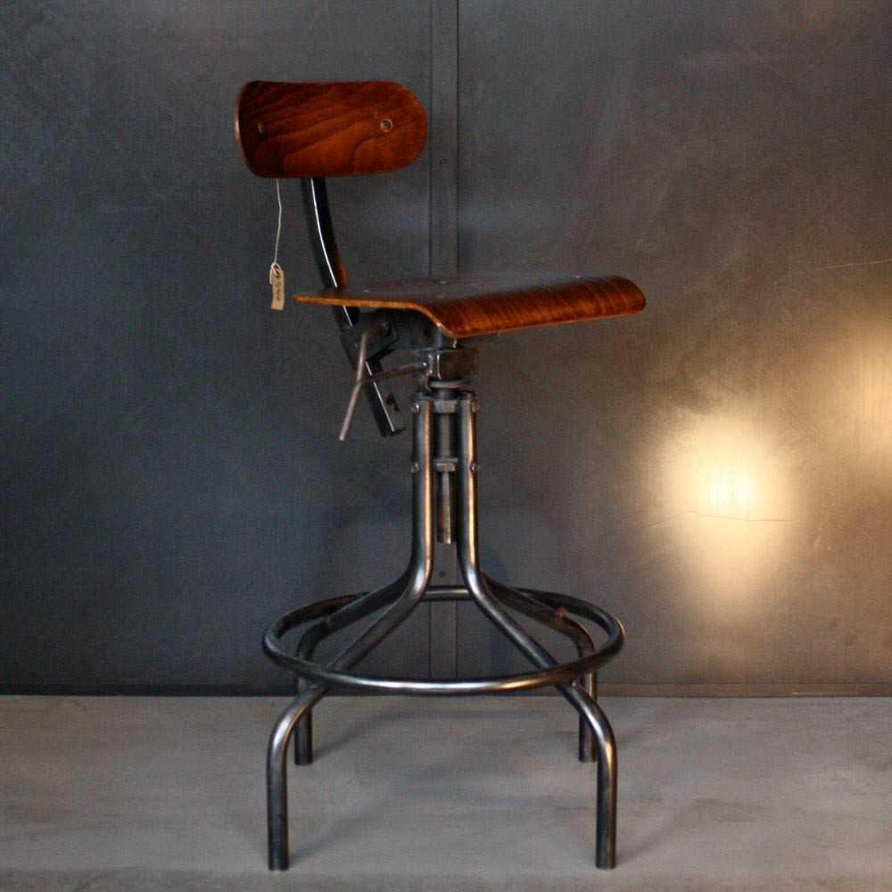 Chaise d 39 atelier bienaise m tal et bois les nouveaux for Chaise bois et metal