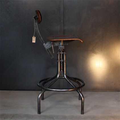 Chaise d'atelier métal et bois