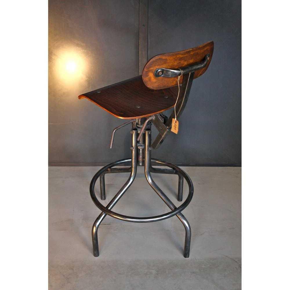chaise d 39 atelier bienaise m tal et bois les nouveaux brocanteurs. Black Bedroom Furniture Sets. Home Design Ideas