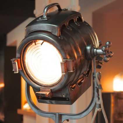 Projecteur de cinéma McALISTER