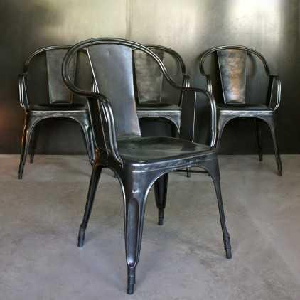 Anciens fauteuils TOLIX modèle C