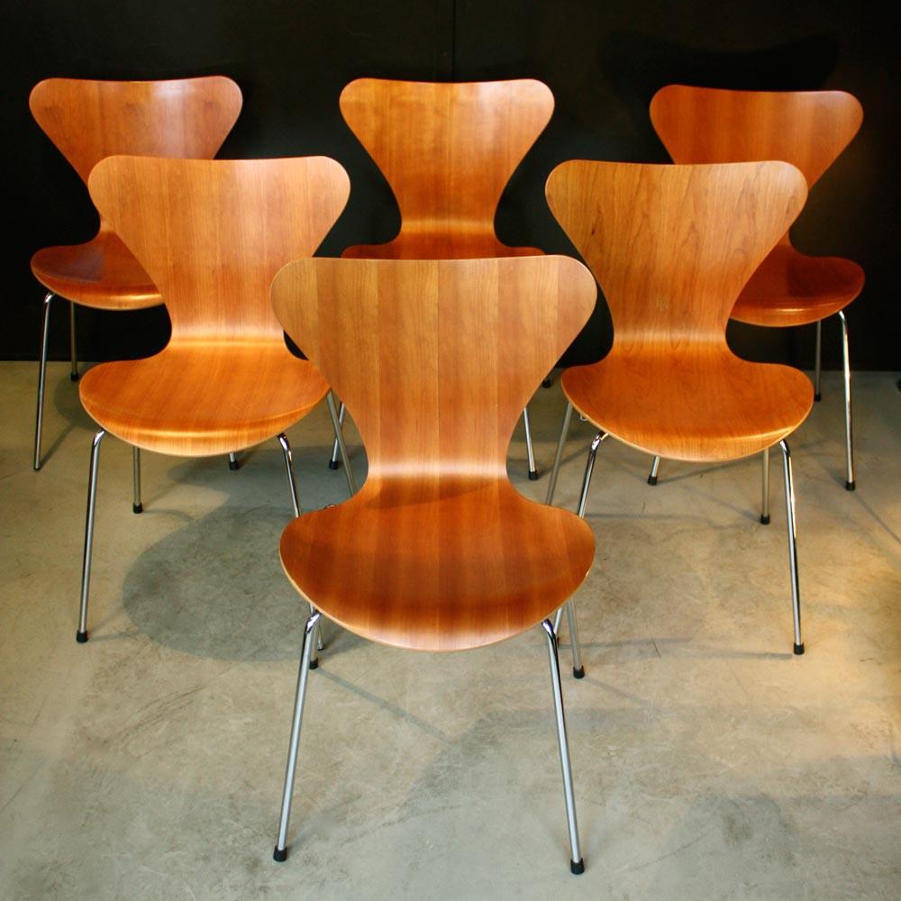 chaise jacobsen - série 7 - les nouveaux brocanteurs - Chaise Serie 7