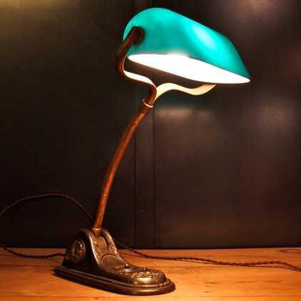 Lampe de notaire opaline verte