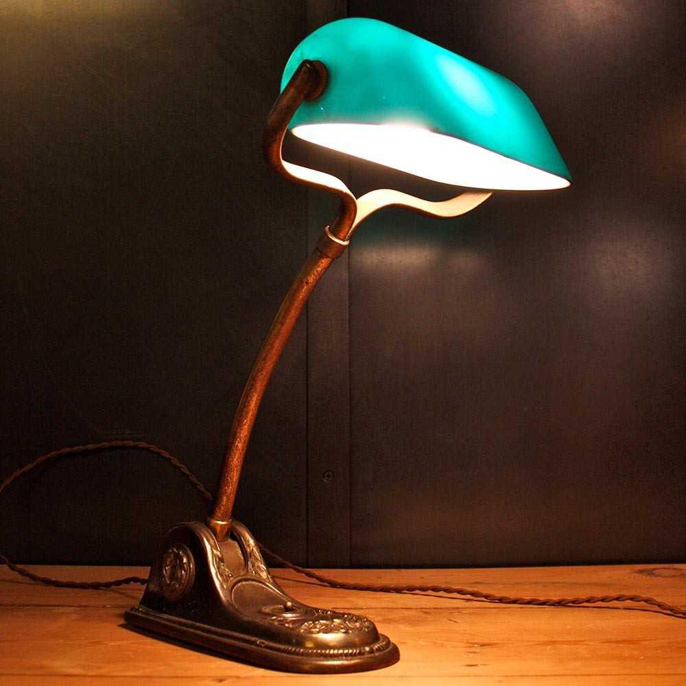 Lampe De Notaire Opaline Verte Les Nouveaux Brocanteurs