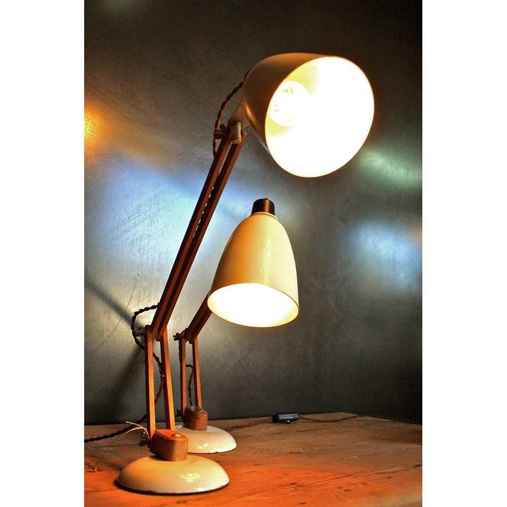 lampe de bureau vintage les nouveaux brocanteurs. Black Bedroom Furniture Sets. Home Design Ideas