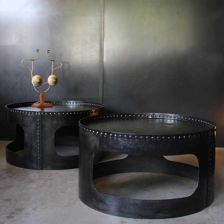 Tables basses industrielles rivetées
