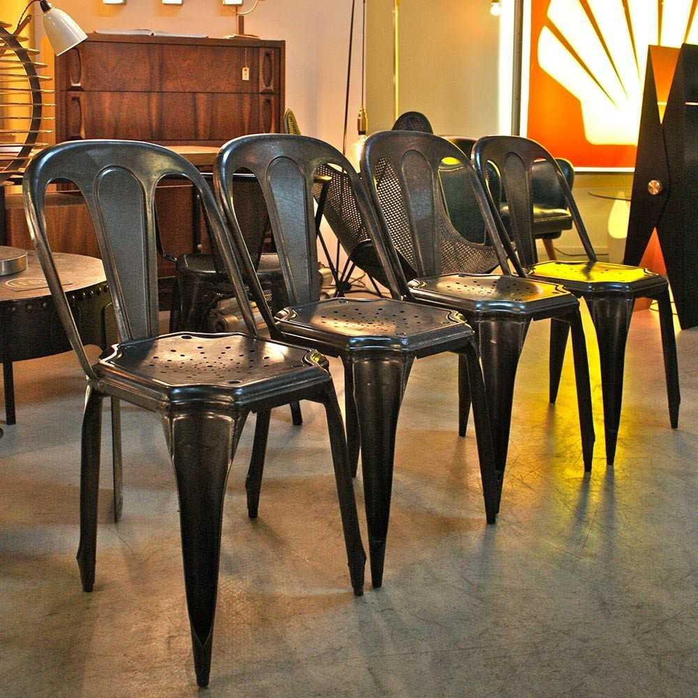 chaise industrielle ancienne fibrocit en m tal les nouveaux brocanteurs. Black Bedroom Furniture Sets. Home Design Ideas