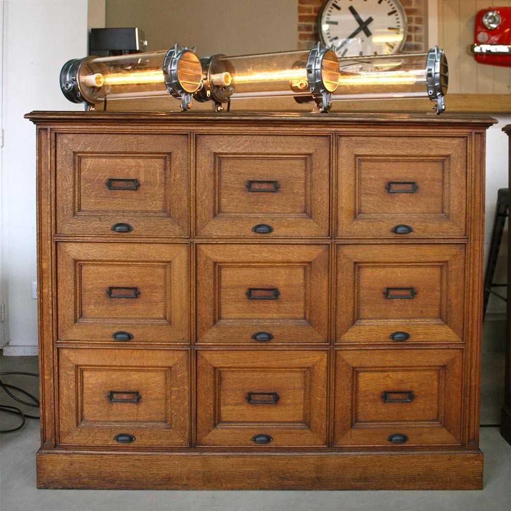 meuble de notaire clapets les nouveaux brocanteurs. Black Bedroom Furniture Sets. Home Design Ideas
