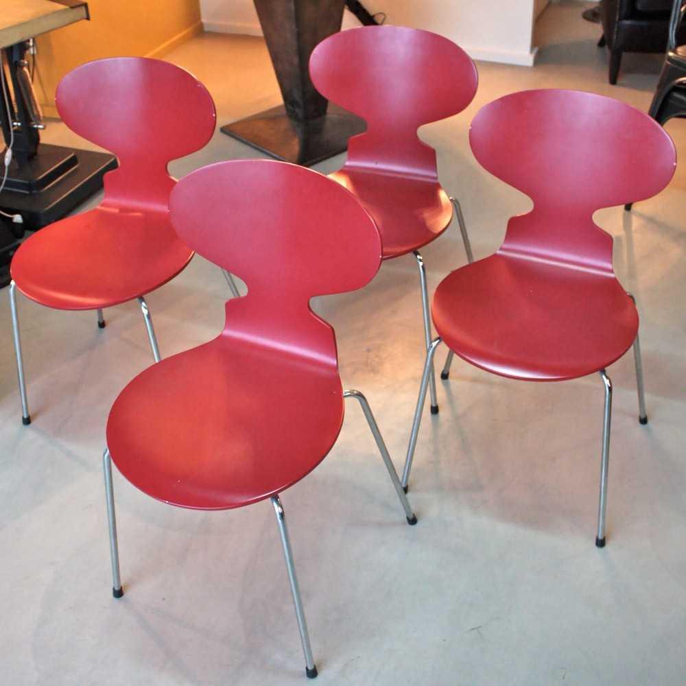 chaise fourmi arne jacobsen les nouveaux brocanteurs. Black Bedroom Furniture Sets. Home Design Ideas