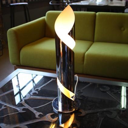 Lampe en métal chromé années 70