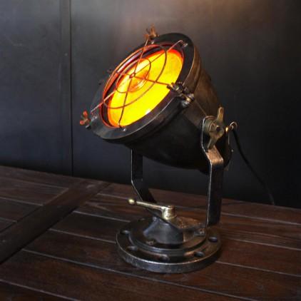 Ancien projecteur industriel ASEI