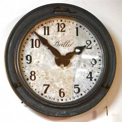 Ancienne horloge industrielle Brillé