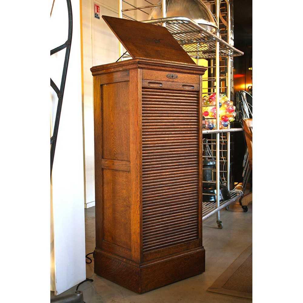 classeur rideau pupitre les nouveaux brocanteurs. Black Bedroom Furniture Sets. Home Design Ideas