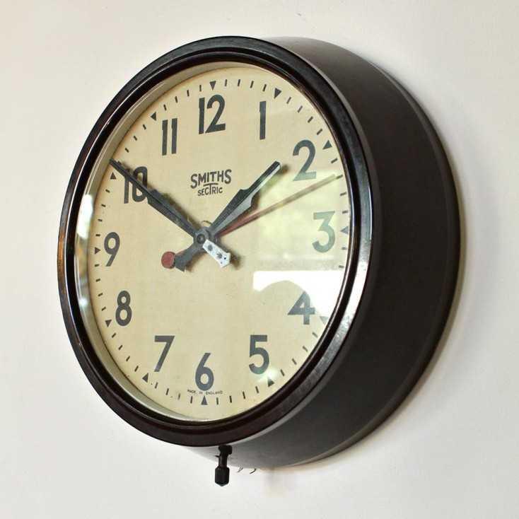 Ancienne horloge SMITHS en Bakélite