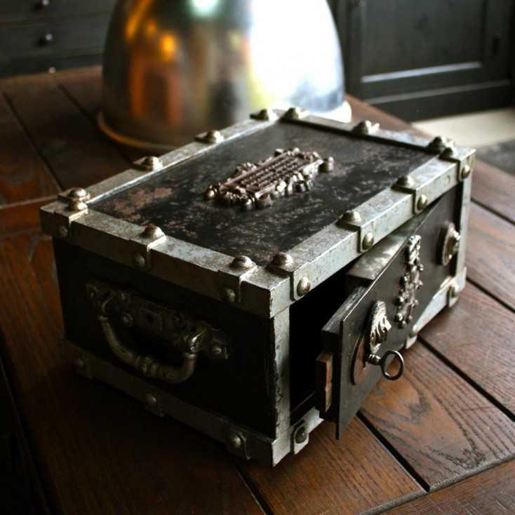 "Cassette/coffre fort ""BAUCHE"""