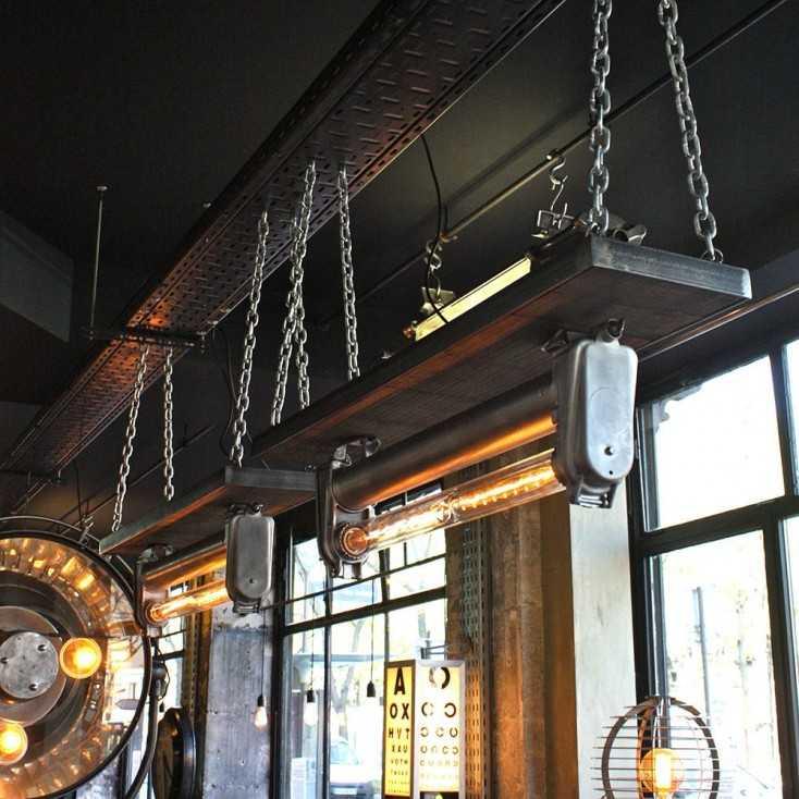 Luminaire industriel sur chaînes