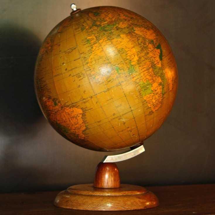 Ancien globe terrestre (petite taille)