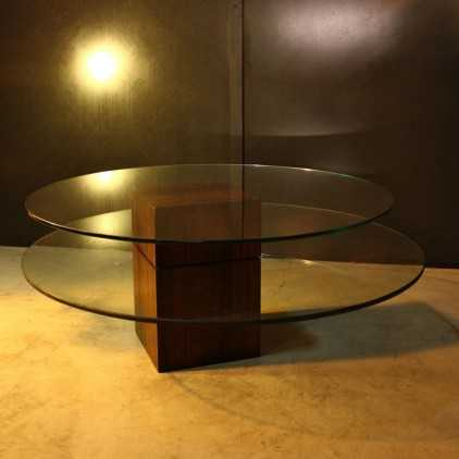 Table basse scandinave (satellite)