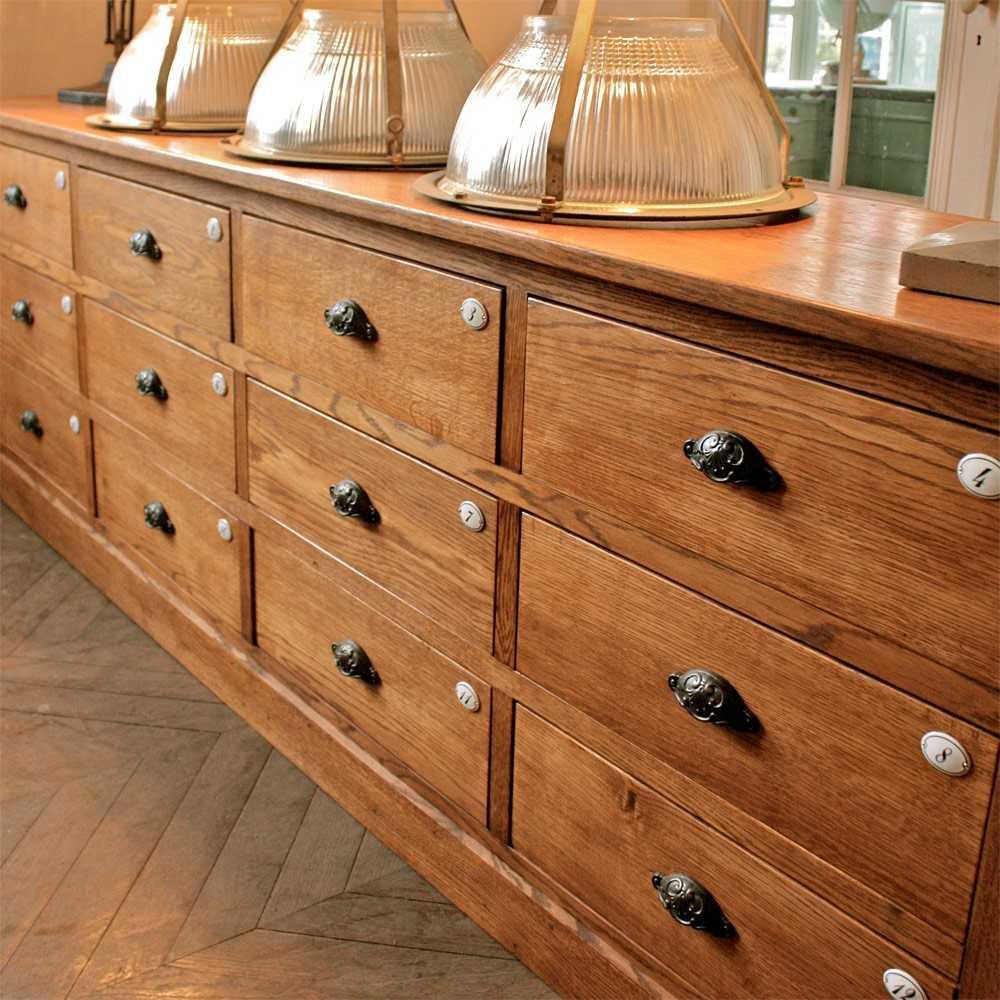 meuble de m tier les nouveaux brocanteurs. Black Bedroom Furniture Sets. Home Design Ideas