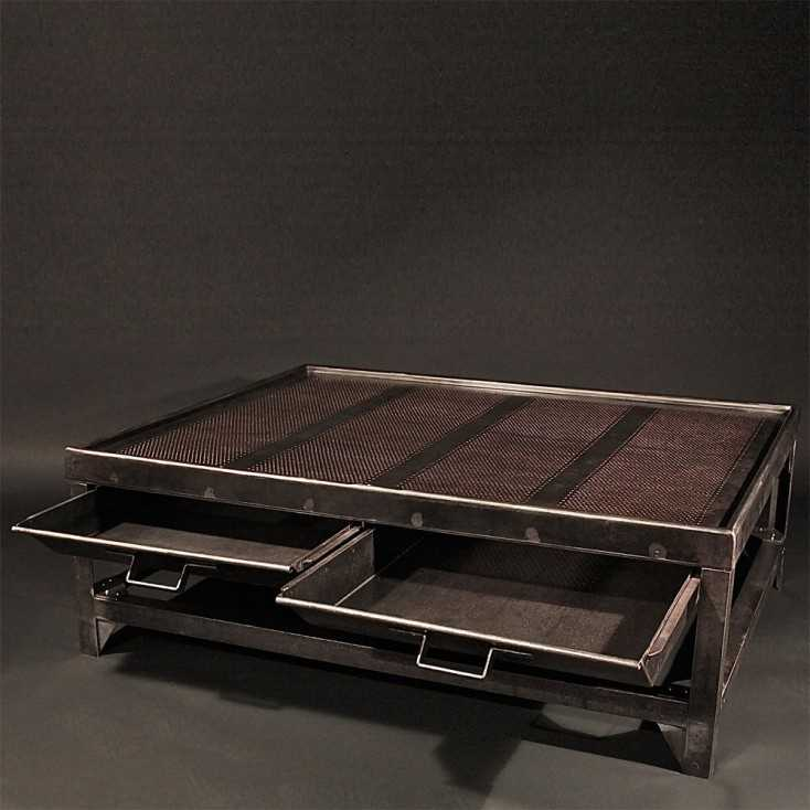 table basse industrielle roulette maison design. Black Bedroom Furniture Sets. Home Design Ideas
