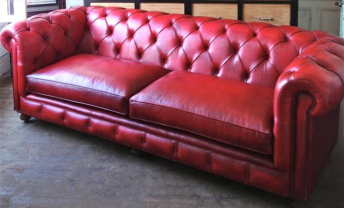 canap chesterfield cuir rouge wog31 slabtownrib. Black Bedroom Furniture Sets. Home Design Ideas