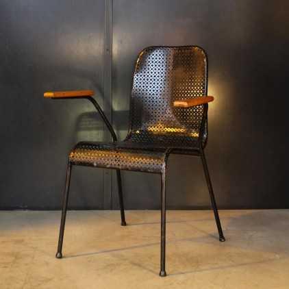 Chaise de bureau en métal perforé années 50