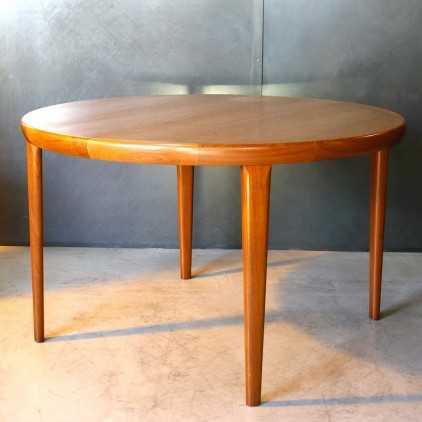 """""""V.V. Mobler Spottrup"""" dining table"""